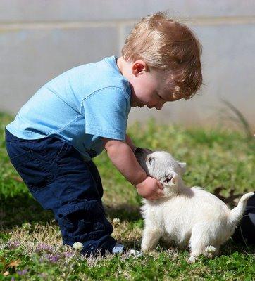 boy-with-puppy