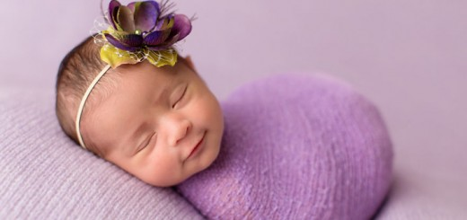 17-Heartwarming-Smiles-Of-Sleeping-Babies